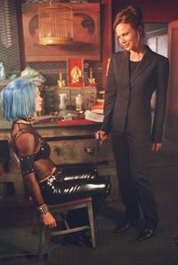 Alias (TV) - 8 x 10 Color Photo #014