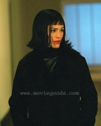 Alias (TV) - 8 x 10 Color Photo #019
