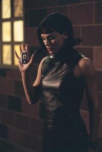 Alias (TV) - 8 x 10 Color Photo #024