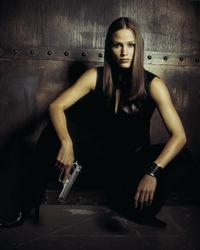 Alias (TV) - 8 x 10 Color Photo #047