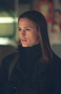 Alias (TV) - 8 x 10 Color Photo #095