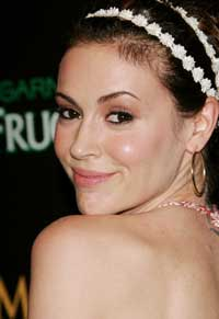 Alyssa Milano - 8 x 10 Color Photo #7