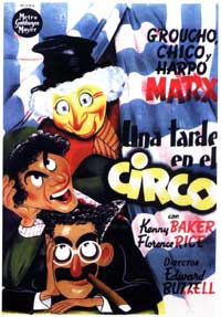 At the Circus - 11 x 17 Movie Poster - Spanish Style A