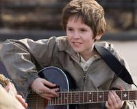 August Rush - 8 x 10 Color Photo #20