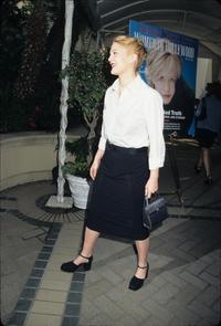 Drew Barrymore - 8 x 10 Color Photo #3