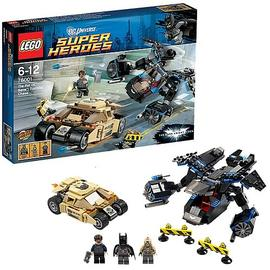 Batman - LEGO DC Universe 76001 The Bat vs. Bane: Tumbler Chase