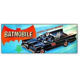 Batman - Batmobile Classic Vintage 1:32 Scale Model Kit