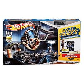 Batman - Dark Knight Rises Hot Wheels Wall Tracks Playset