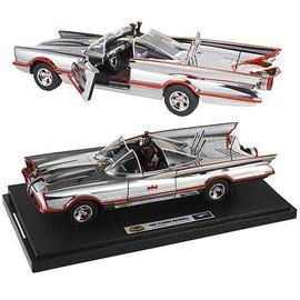 Batman - Hot Wheels 1966 1:18 Scale Elite Chrome Batmobile