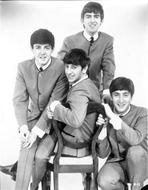 Beatles - Beatles Group Picture Portrait in Grey Suit and White Collar Shirt