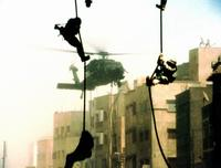 Black Hawk Down - 8 x 10 Color Photo #10