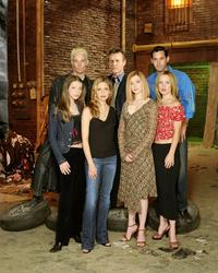 Buffy The Vampire Slayer (TV) - 8 x 10 Color Photo #090
