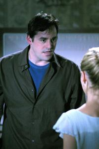 Buffy The Vampire Slayer (TV) - 8 x 10 Color Photo #098