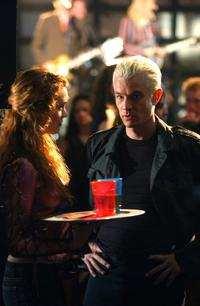 Buffy The Vampire Slayer (TV) - 8 x 10 Color Photo #101