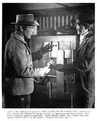 Butch Cassidy and the Sundance Kid - 8 x 10 B&W Photo #12