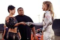 Charlie's Angels: Full Throttle - 8 x 10 Color Photo #20