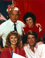 Cheers - Cheers Cast Posed Together in Portrait