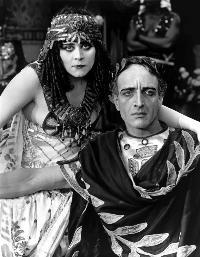 Cleopatra - 8 x 10 B&W Photo #2