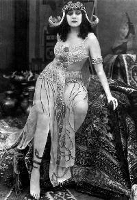 Cleopatra - 8 x 10 B&W Photo #3
