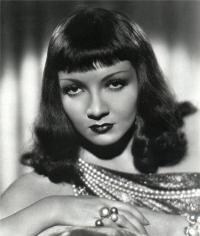 Cleopatra - 8 x 10 B&W Photo #34