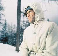 Clint Eastwood - 8 x 10 Color Photo #58