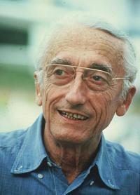Jacques Cousteau - 8 x 10 Color Photo #4