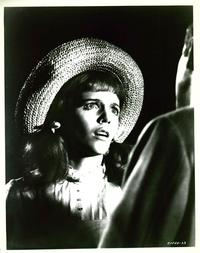 Daisy Miller - 8 x 10 B&W Photo #15