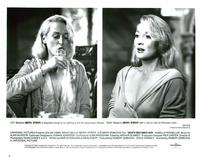 Death Becomes Her - 8 x 10 B&W Photo #2