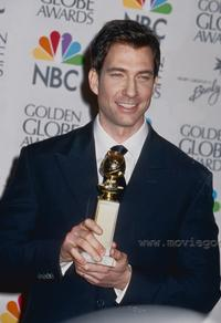 Dylan McDermott - 8 x 10 Color Photo #1