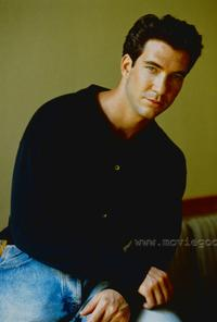 Dylan McDermott - 8 x 10 Color Photo #2