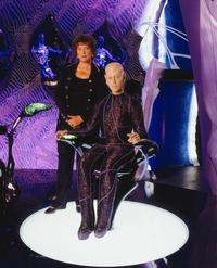Earth: Final Conflict - 8 x 10 Color Photo #4