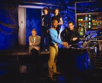 Earth: Final Conflict - 8 x 10 Color Photo #6