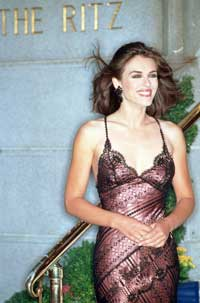 Elizabeth Hurley - 8 x 10 Color Photo #5
