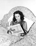 Elizabeth Taylor - Elizabeth Taylor Reclining in Classic