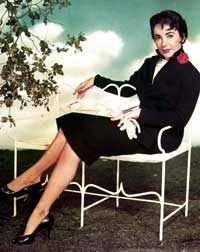 Elizabeth Taylor - 8 x 10 Color Photo #15