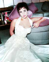 Elizabeth Taylor - 8 x 10 Color Photo #26