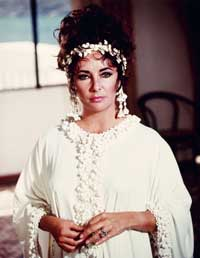 Elizabeth Taylor - 8 x 10 Color Photo #44