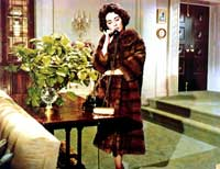 Elizabeth Taylor - 8 x 10 Color Photo #82