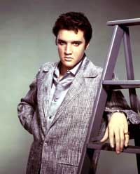Elvis Presley - 8 x 10 Color Photo #20