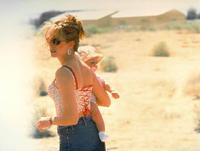 Erin Brockovich - 8 x 10 Color Photo #10