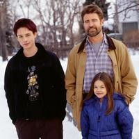 Everwood - 8 x 10 Color Photo #2