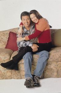 Everybody Loves Raymond (TV) - 8 x 10 Color Photo #016