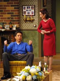 Everybody Loves Raymond (TV) - 8 x 10 Color Photo #050