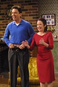 Everybody Loves Raymond (TV) - 8 x 10 Color Photo #051