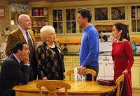 Everybody Loves Raymond (TV) - 8 x 10 Color Photo #053