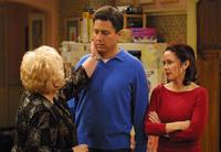 Everybody Loves Raymond (TV) - 8 x 10 Color Photo #054