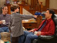 Everybody Loves Raymond (TV) - 8 x 10 Color Photo #073