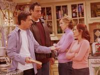 Everybody Loves Raymond (TV) - 8 x 10 Color Photo #084