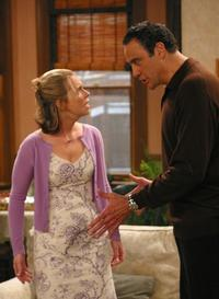 Everybody Loves Raymond (TV) - 8 x 10 Color Photo #088