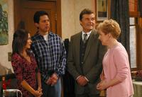 Everybody Loves Raymond (TV) - 8 x 10 Color Photo #089